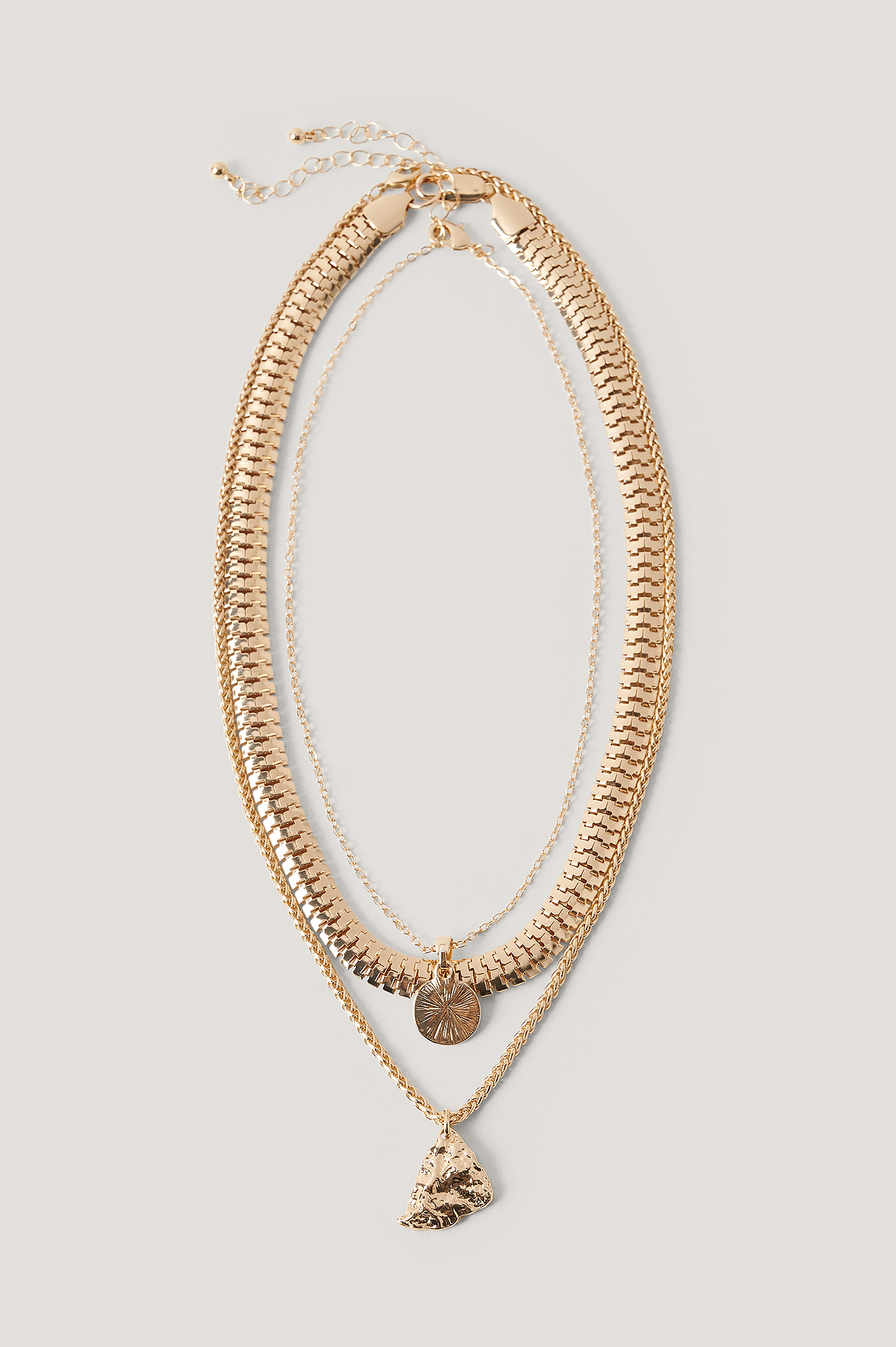 Gold Flat Chain Pendant Necklace