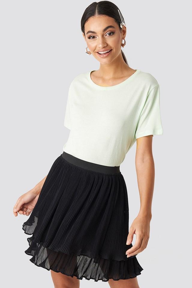 Flounce Mini Pleated Skirt Black