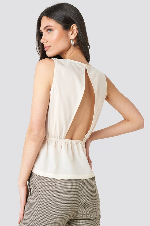 Flounce Open Back Top NA-KD