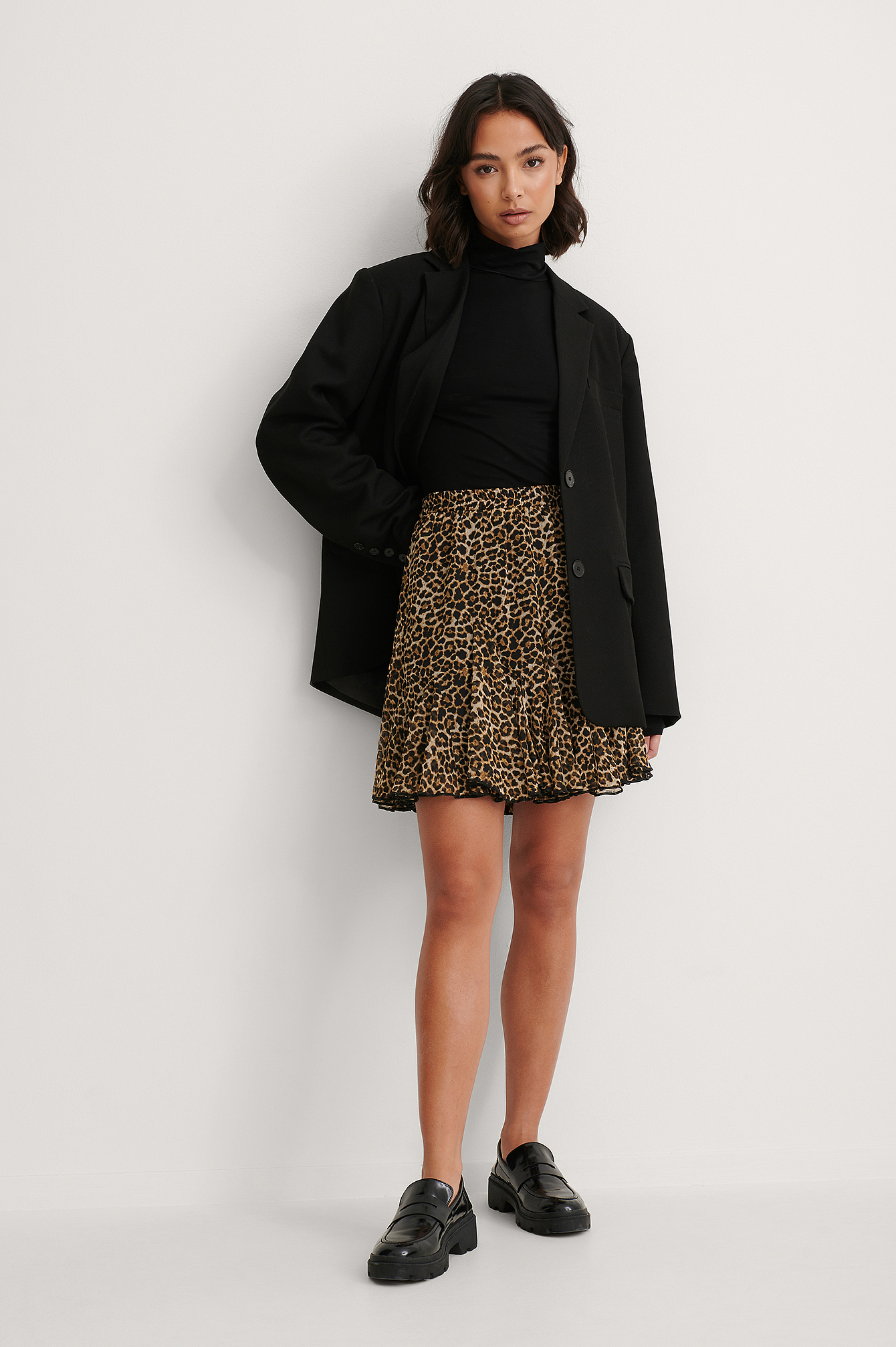 Leo Flowy Mini Skirt