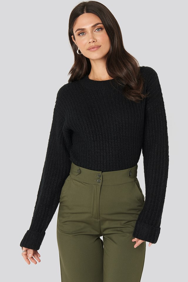 Folded Sleeve Round Neck Knitted Sweater Black