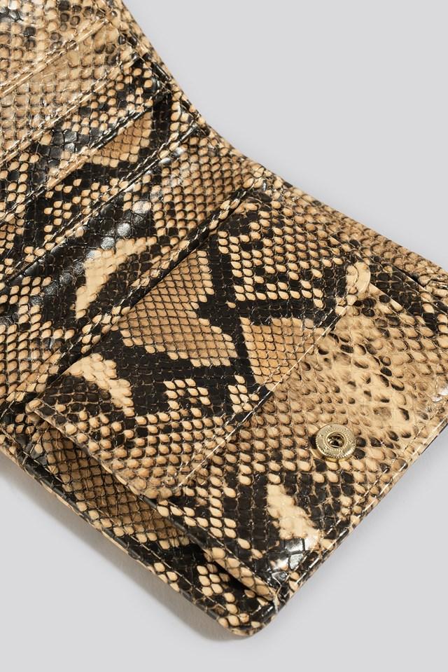 Folded Wallet Snake
