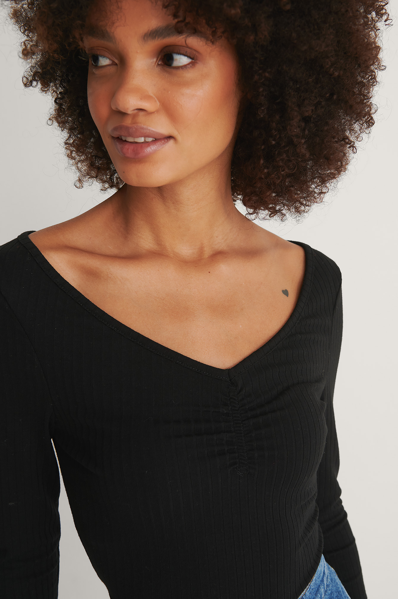 Black Front Ruched Ribbed Top
