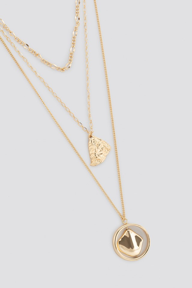 Hammered Plate Lay Necklace Gold
