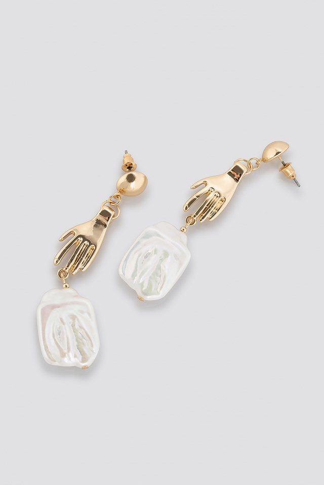 Hand Pearl Earrings Gold