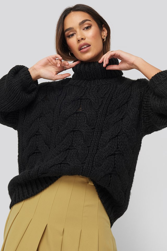 High Neck Heavy Cable Knitted Sweater Black