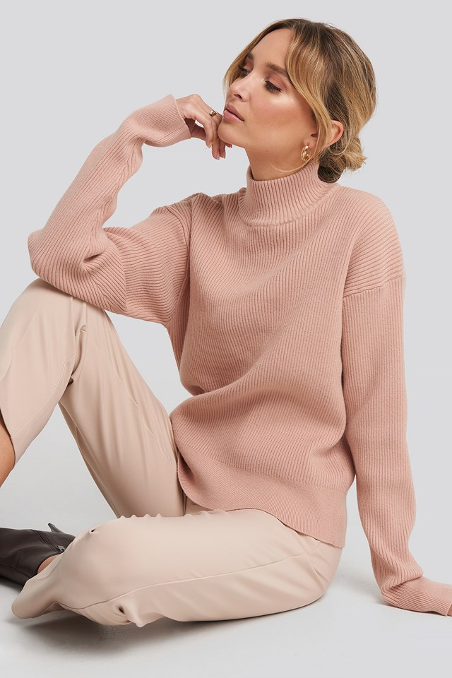 High Neck Ribbed Sweater NA-KD