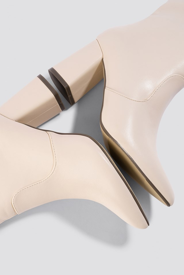Knee High Block Heel Boots Offwhite