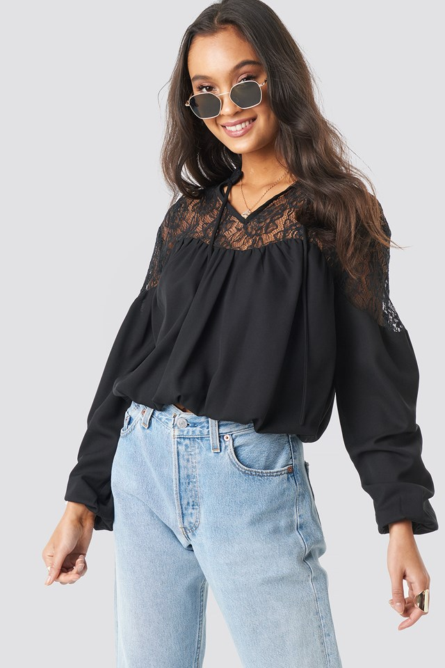 Lace Part Balloon Sleeve Blouse Black