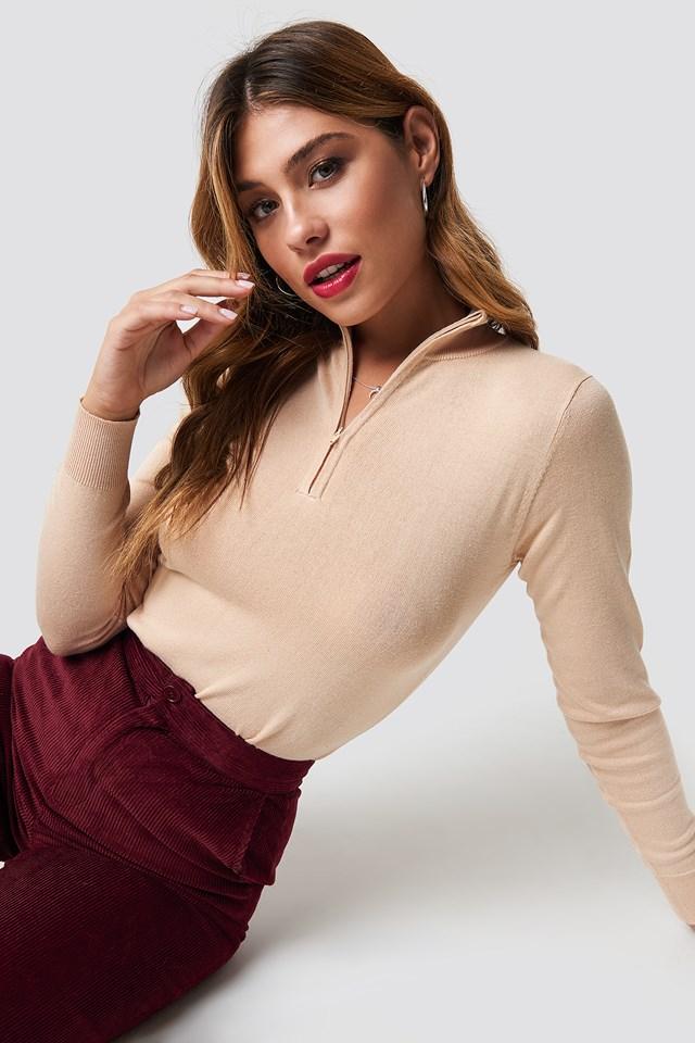 Light Knit Zipped Sweater Light Beige