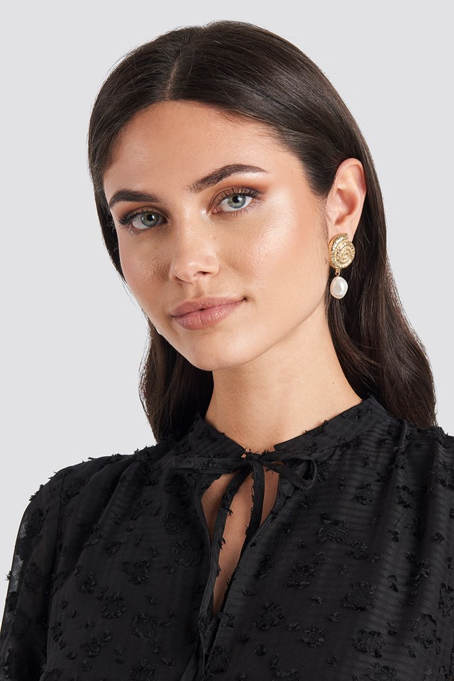 Metal Shell Pearl Drop Earrings NA-KD Accessories