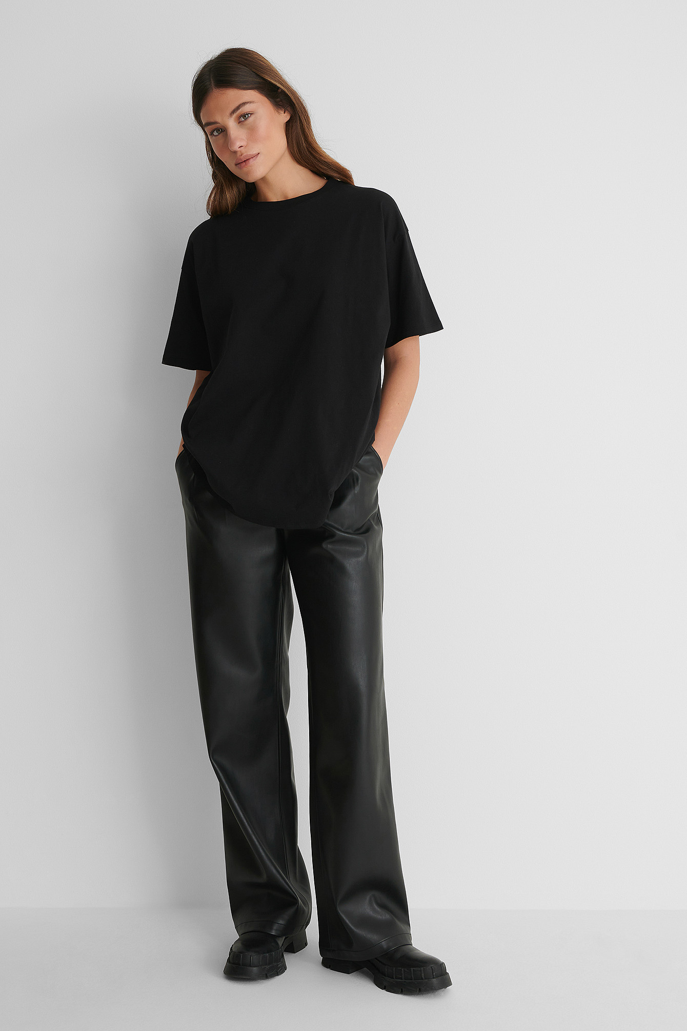 Black Organic Round Neck Oversized Tee