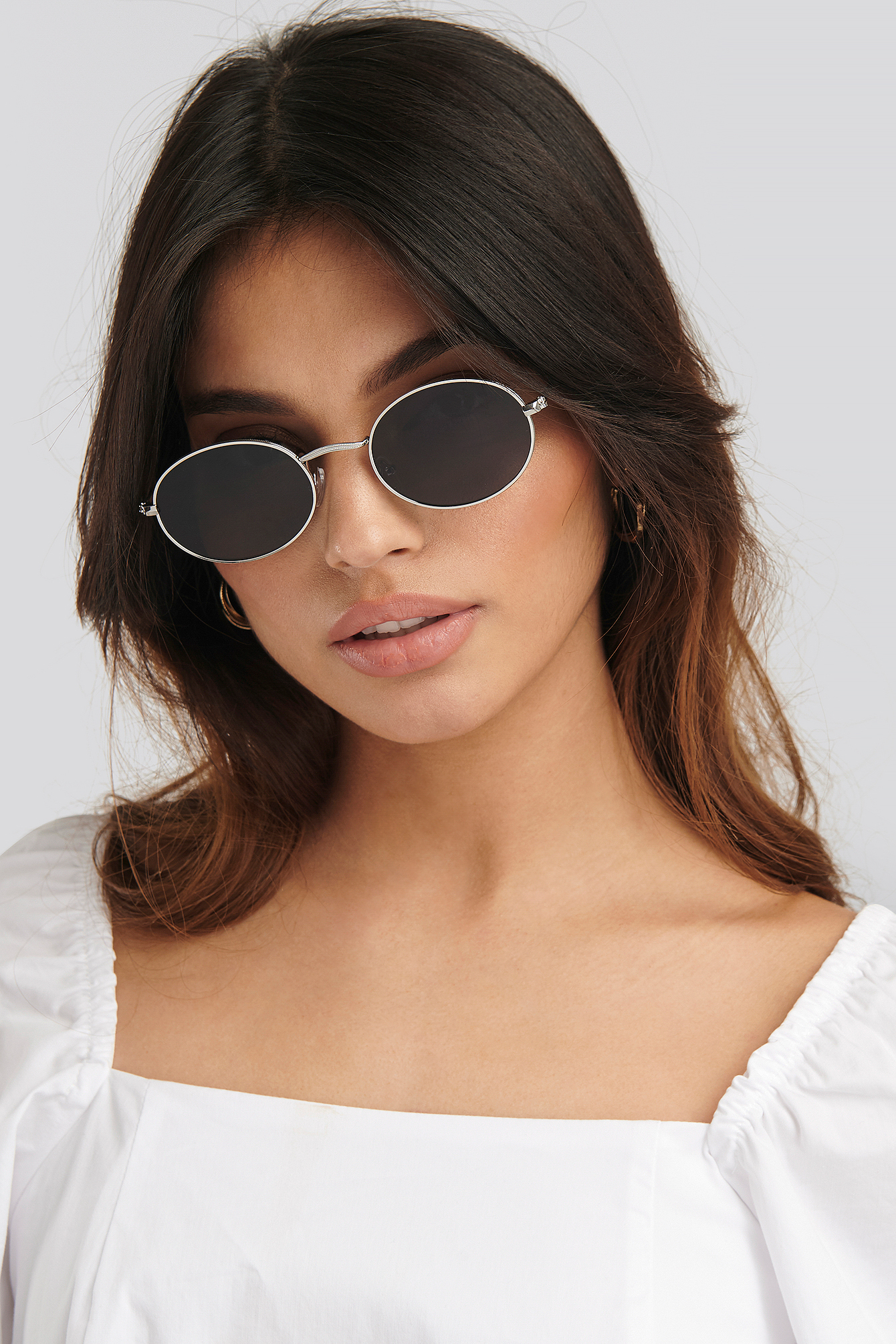 Silver Oval Metal Frame Sunglasses
