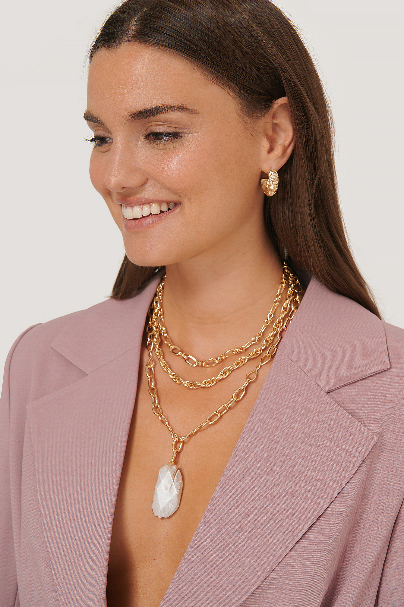 Gold Oversize Stone Pendant Chain Necklace