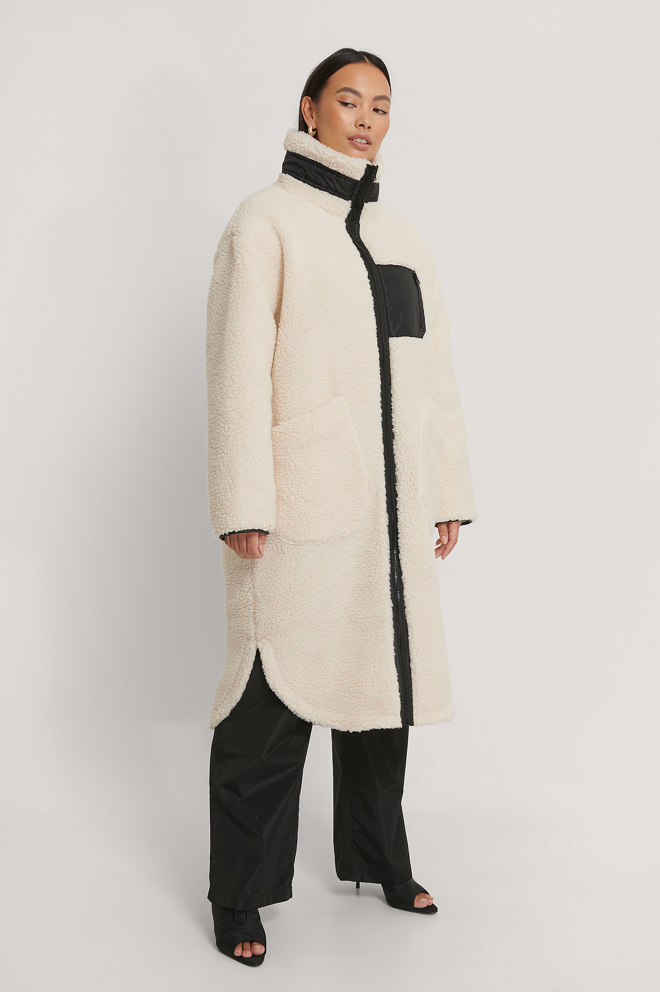 White Patch Pocket Teddy Coat