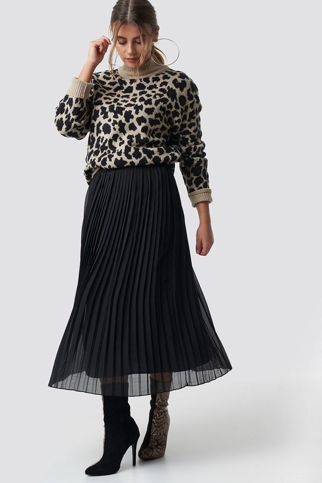 Pleated Long Skirt Black