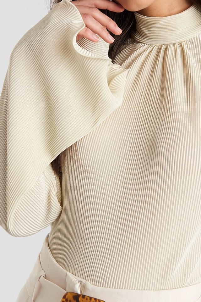 Pleated Wide Sleeve Top Cream