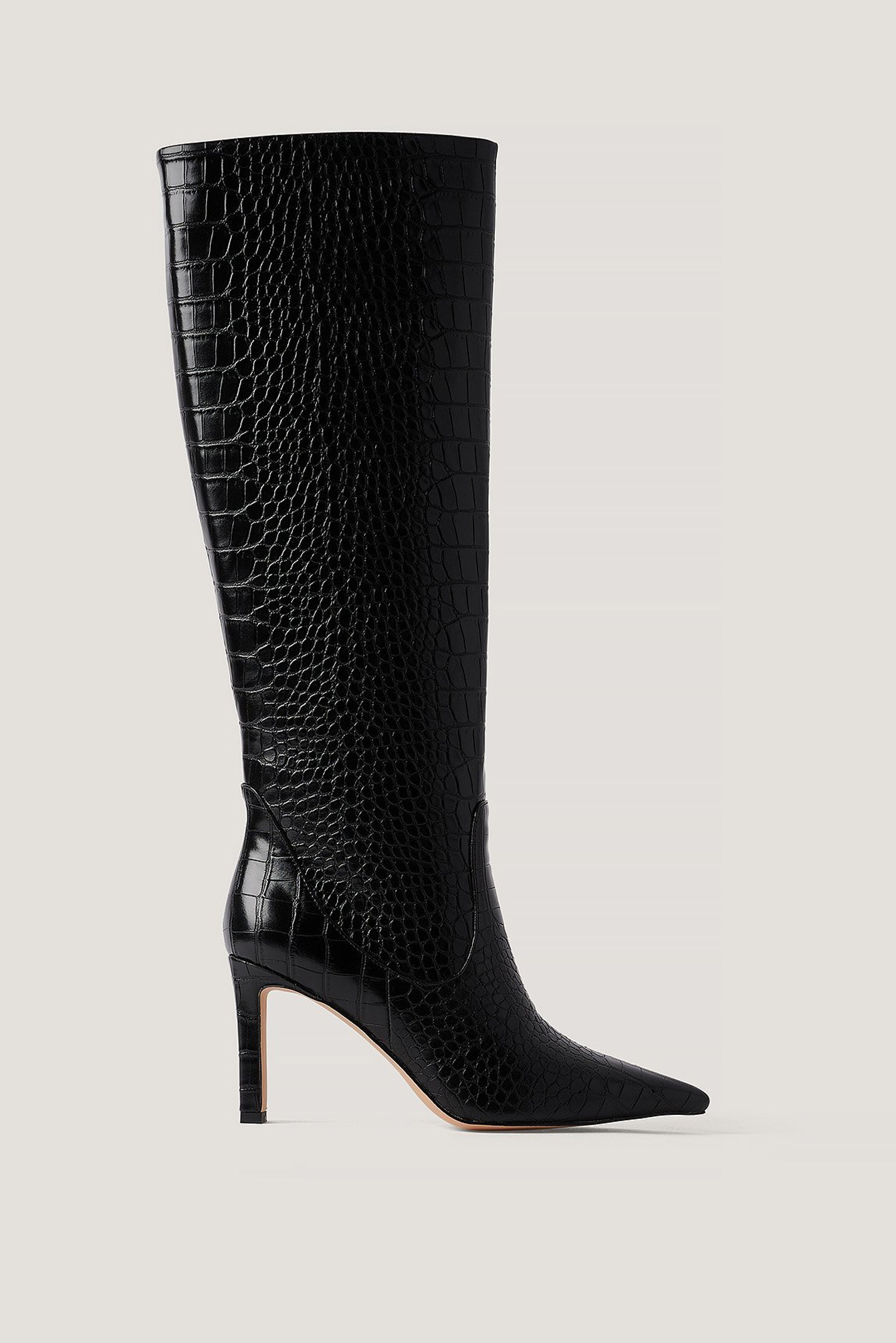 Black Pointy Loose Shaft Boots