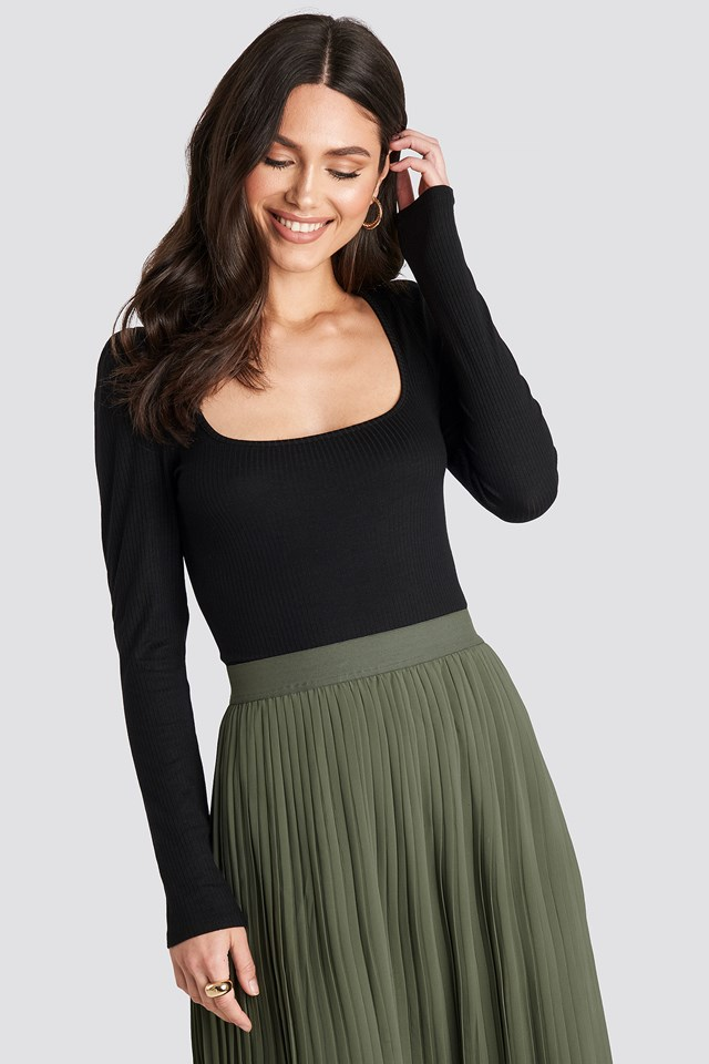 Puff Sleeve Ribbed LS Top NA-KD Trend