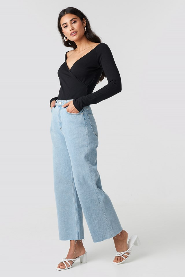 Raw Hem Relaxed Jeans NA-KD