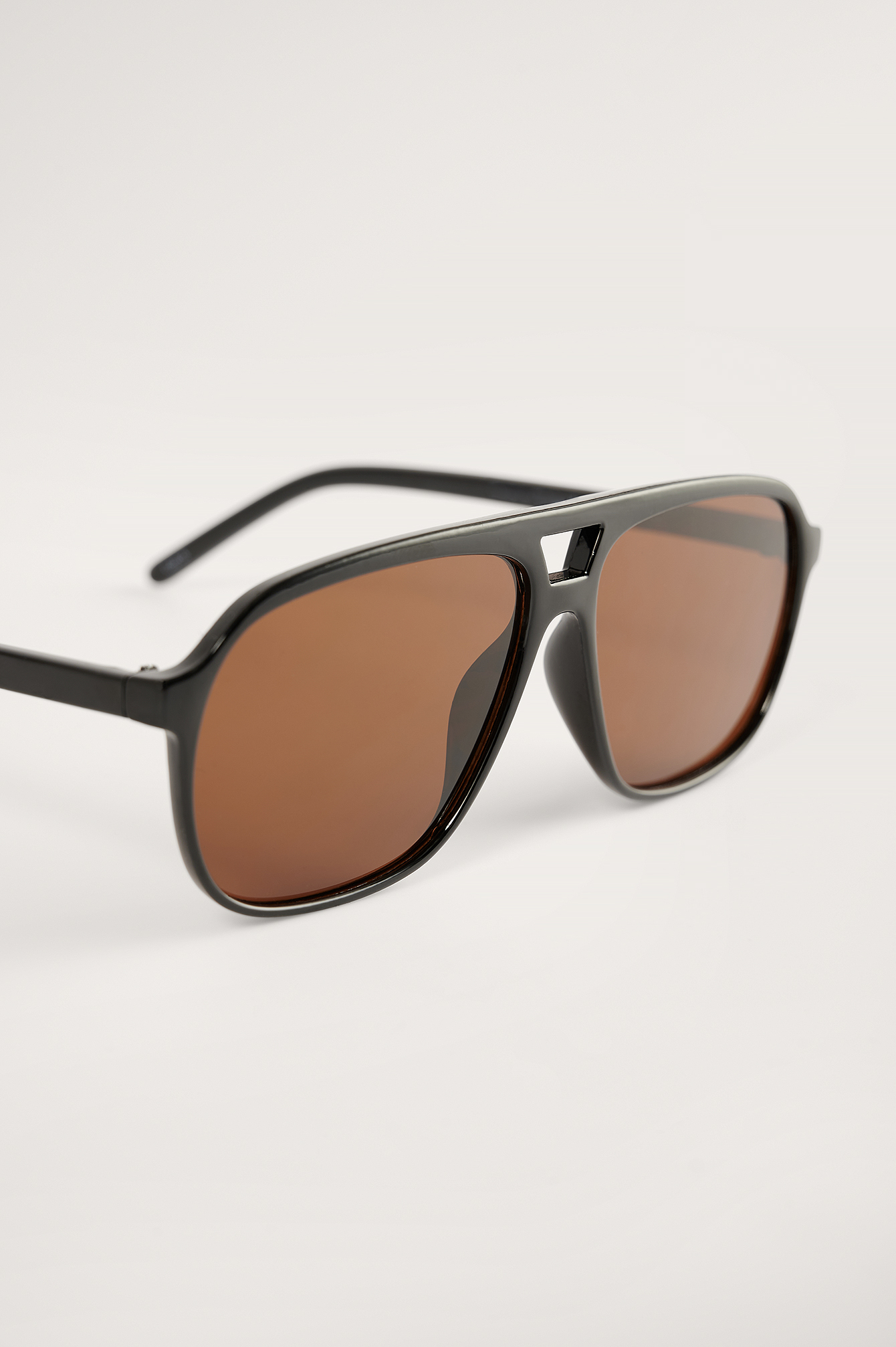 Black/Brown Retro Pilot Sunglasses