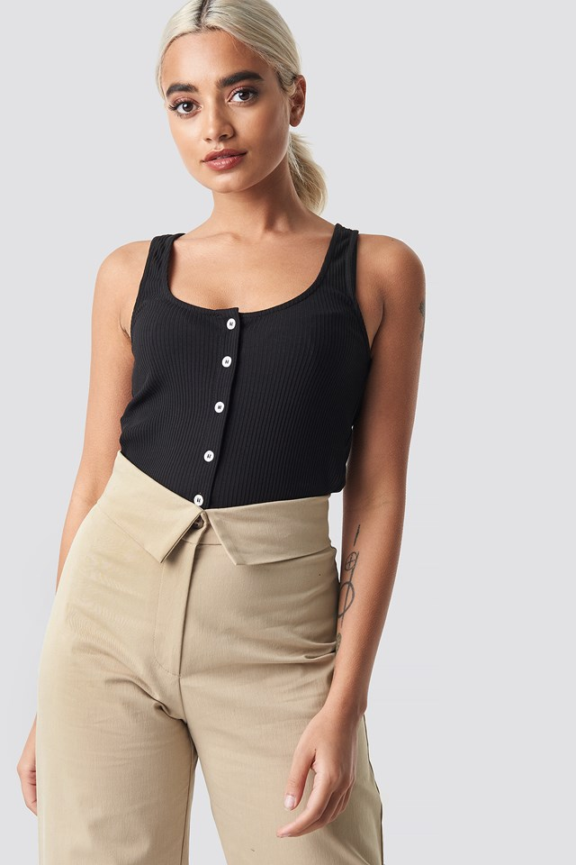 Ribbed Cropped Button Top NA-KD