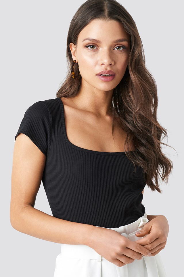 Ribbed Squared Top Black