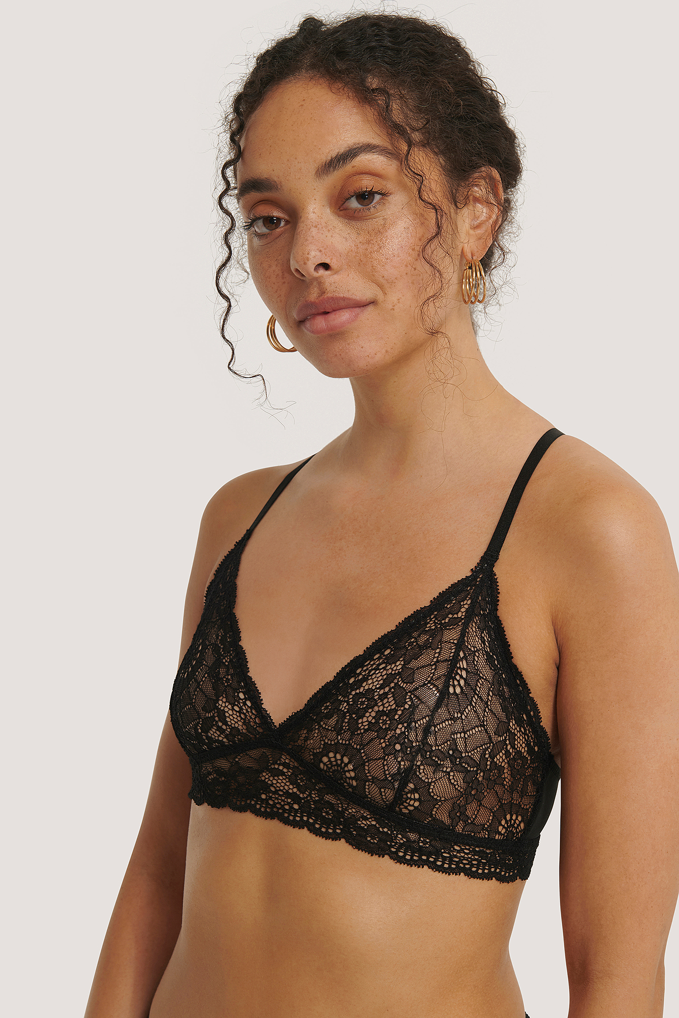 Black Romance Lace Soft Bra