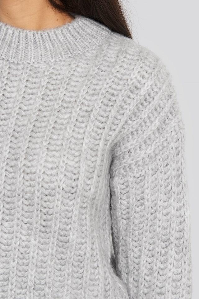 Round Neck Heavy Knit Sweater Light Grey