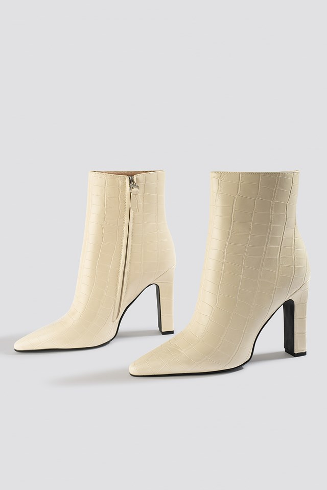 Rounded Toe Boots Offwhite Croco