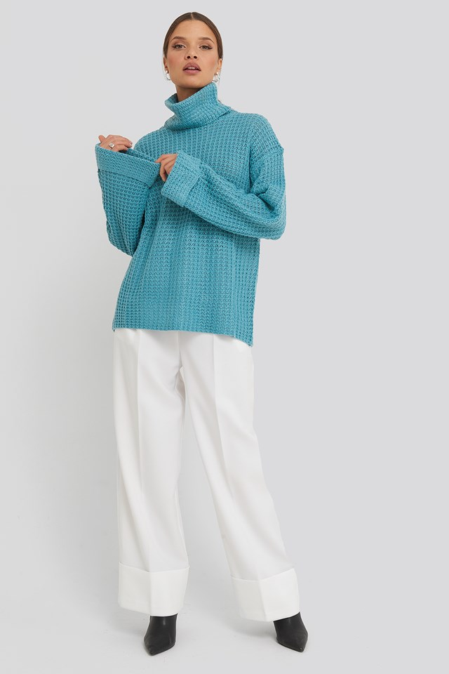Short Pineapple Knitted Sweater Blue