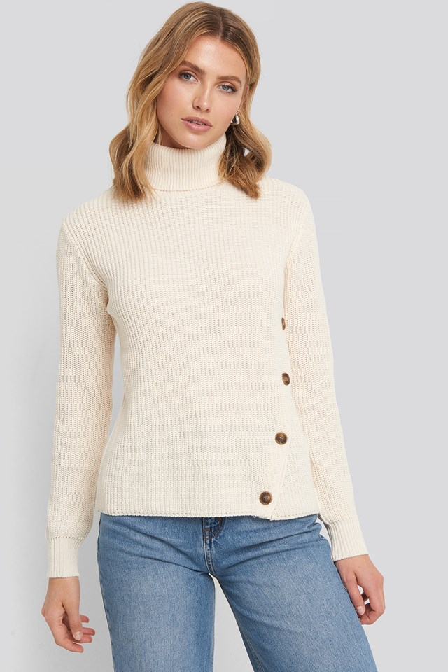 Side Buttoned Knitted Sweater Offwhite