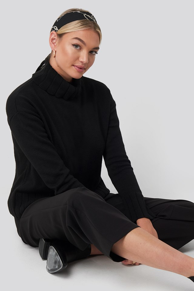 Slouchy Turtle Neck Sweater NA-KD