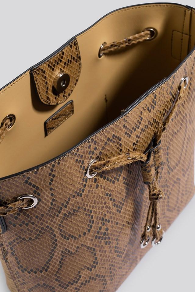 Snake Bucket Bag Beige