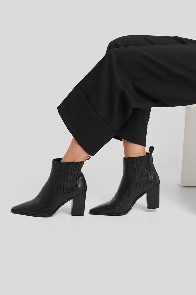 Snake Pointy Western Boots Black
