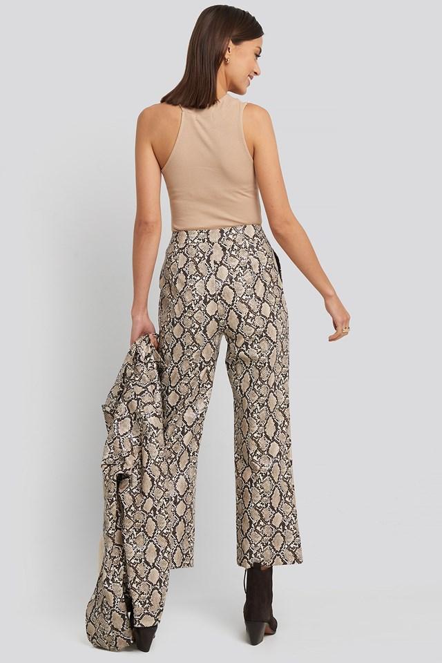 Snake Printed Cropped Pants Print