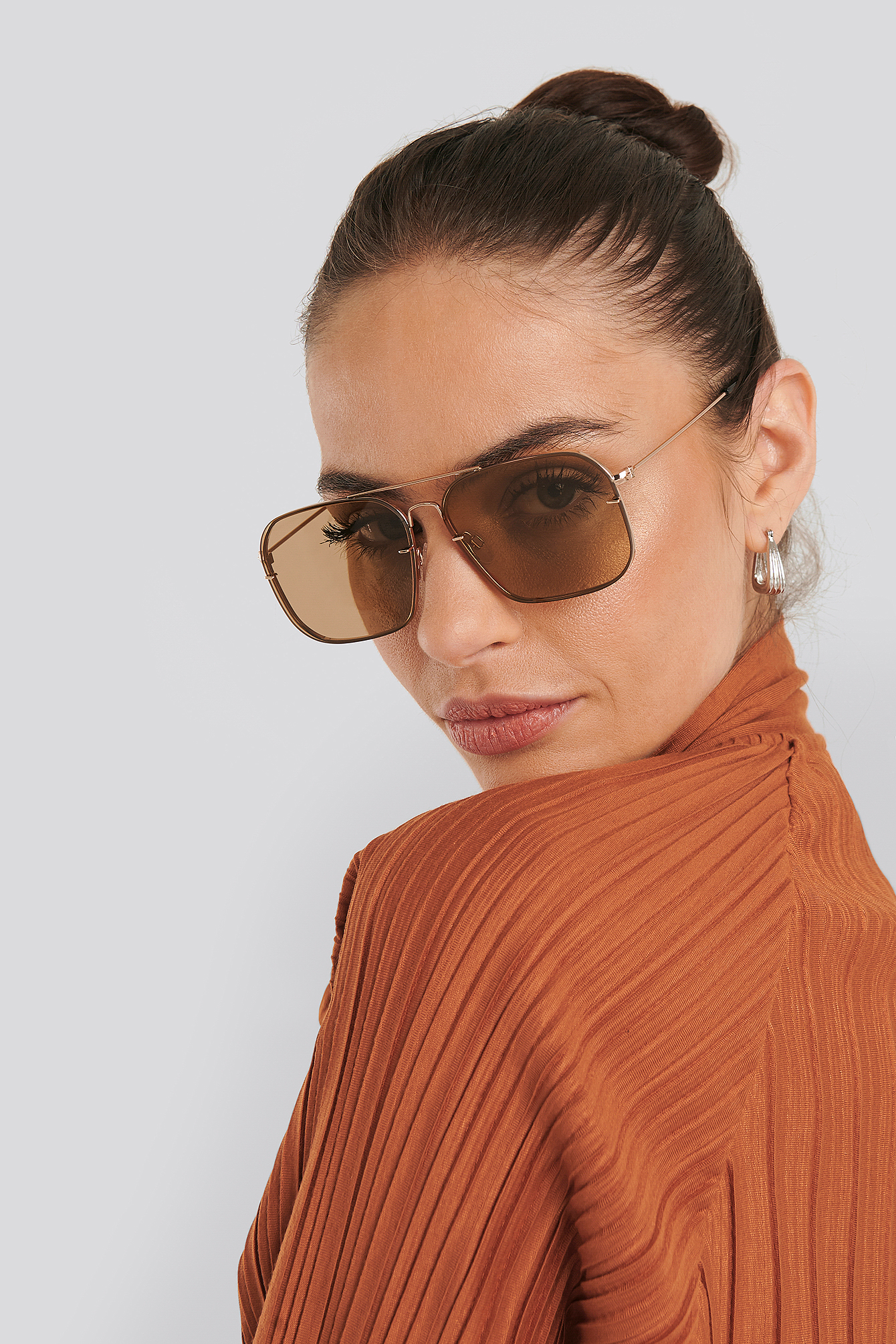 Light Brown Squared Wire Frame Sunglasses