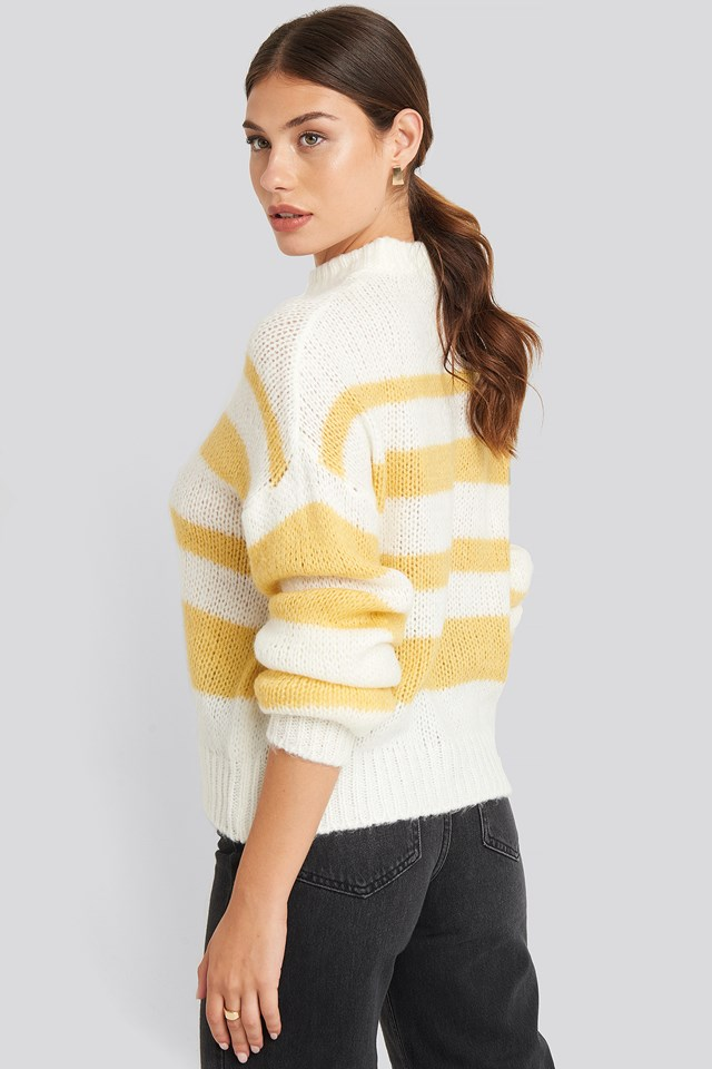 Striped Round Neck Oversized Knitted Sweater Yellow