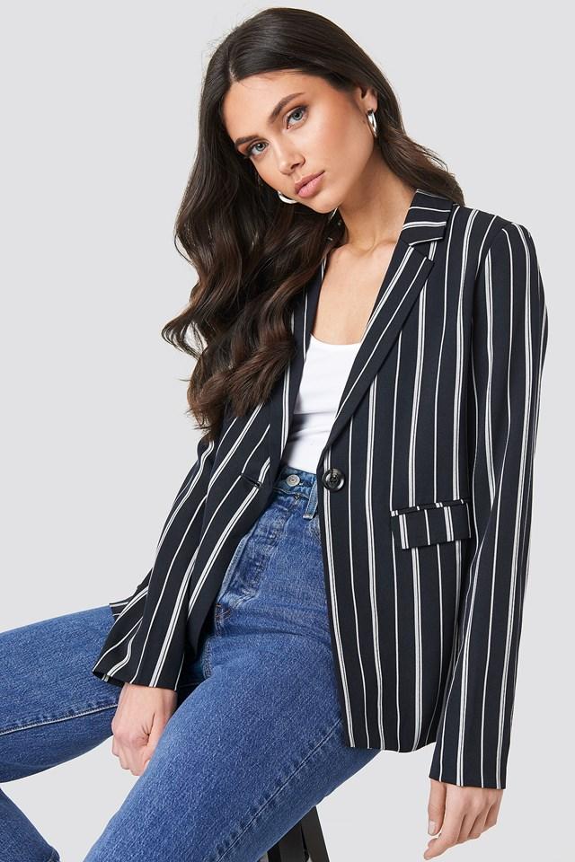 Striped Straight Blazer NA-KD Classic