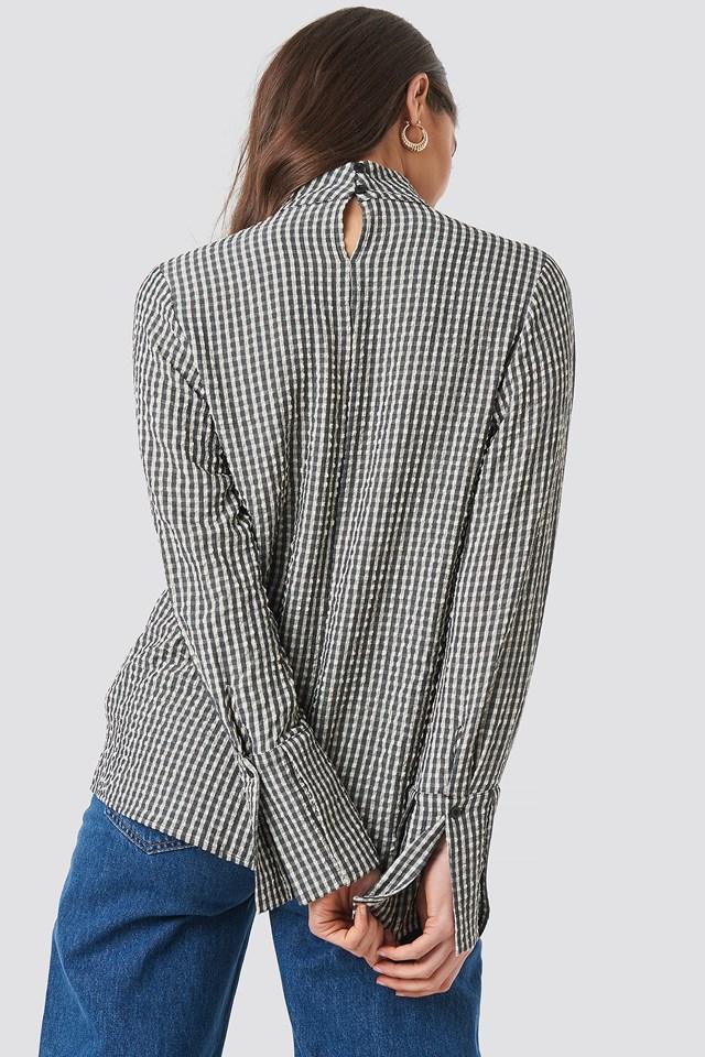 Structured Checkered High Neck Blouse beige/Black