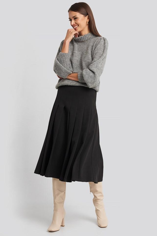 Tailored Pleated Midi Skirt Black