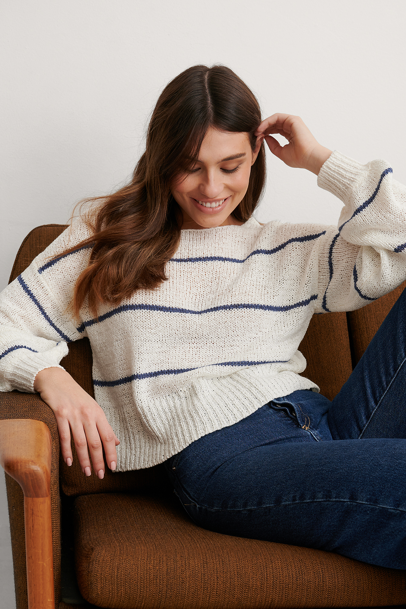 White/Navy Tape Yarn Short Stripe Knitted Sweater