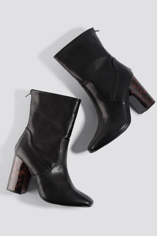 Tortoise Heel Boots Black