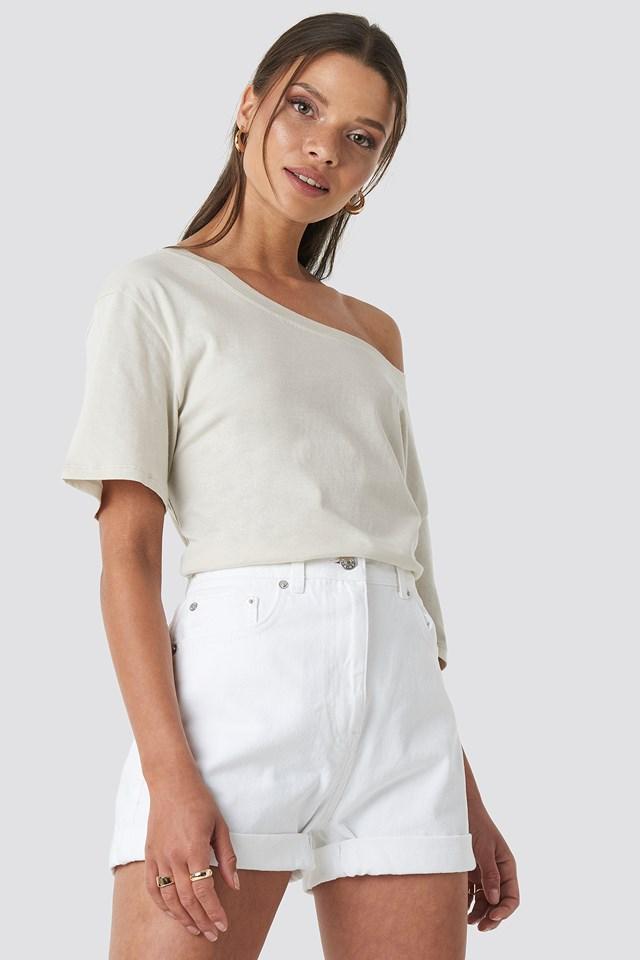 Turn Up Mom Shorts White