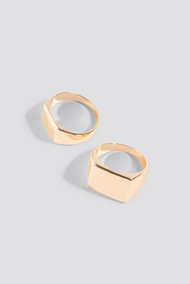 Two Squared Signet Rings Gold