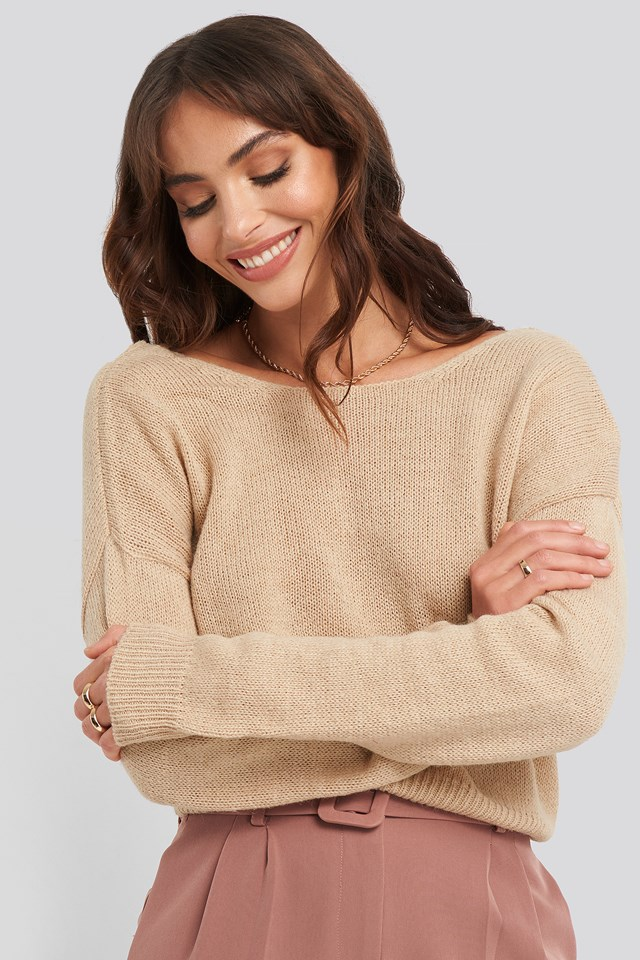 V-neck Back Cropped Knitted Sweater Beige