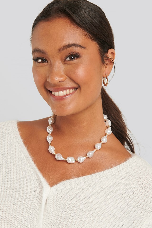 Vintage Pearl Necklace White