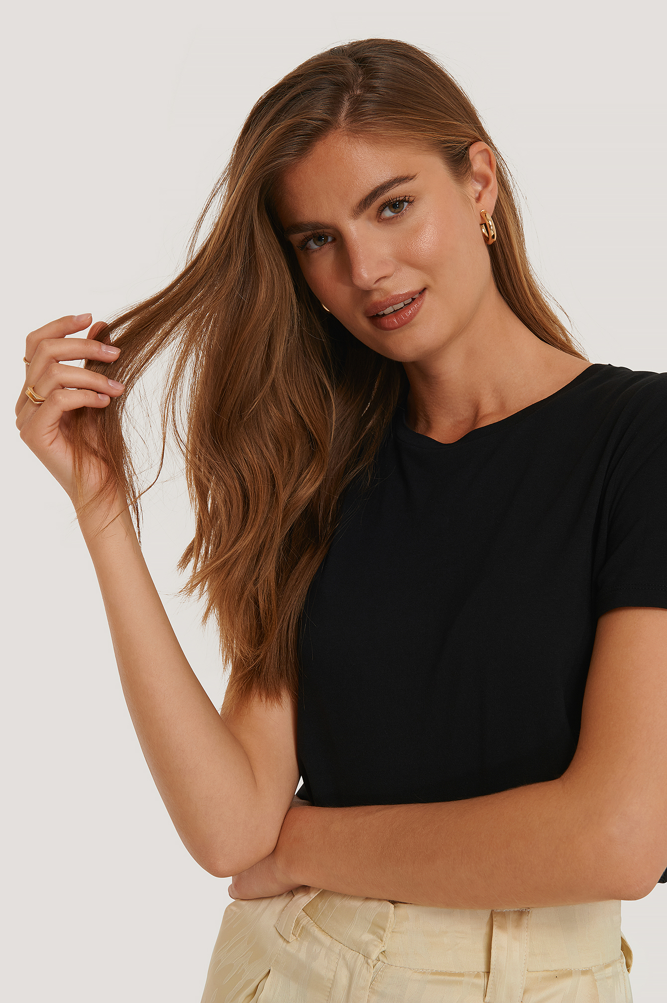 Black Viscose Cropped Tee