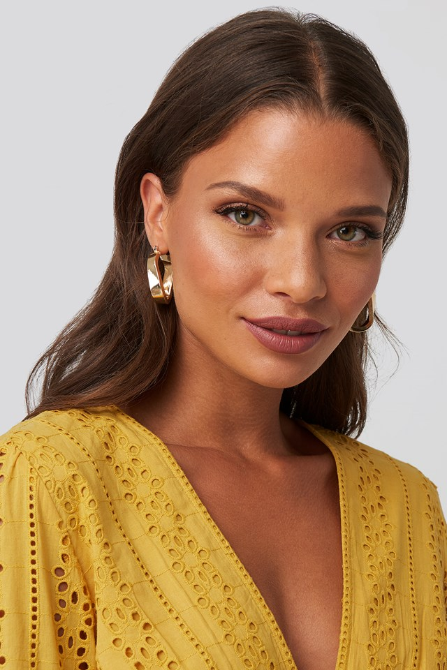 Wide Twisted Oval Hoops NA-KD Accessories