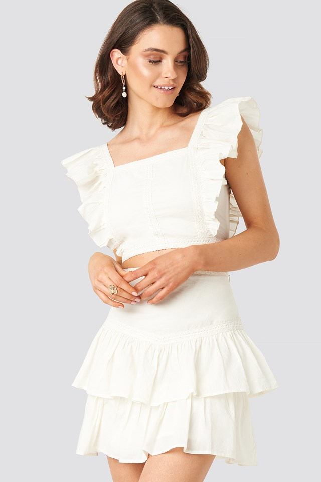 Lace Detailed Frill Mini Skirt Queen of Jetlags x NA-KD